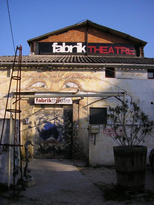 8242952fabrik-theatre