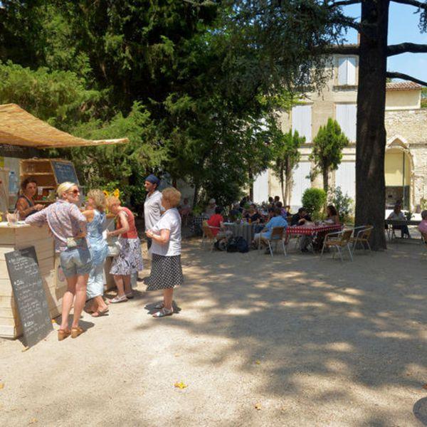 le-jardin-du-theatre-des-halles_746134